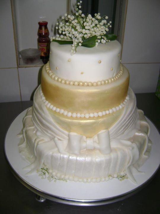 Tort mireasa 19