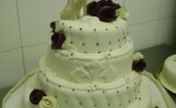 model tort mireasa 20
