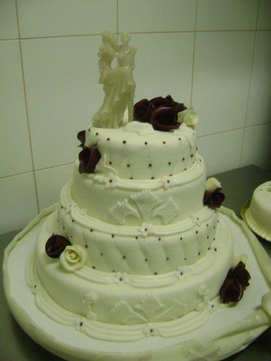 Tort mireasa 20