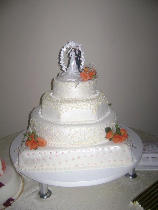 Tort mireasa 24
