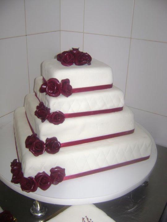 Tort mireasa 25