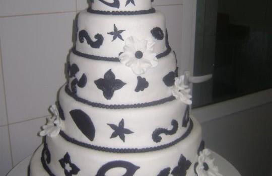 tort nunta model 26