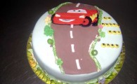 model tort aniversare 21