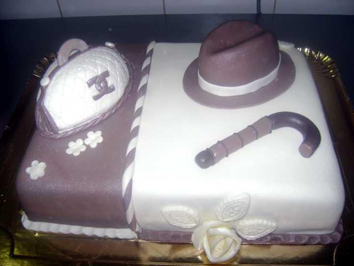 Model tort aniversare 22
