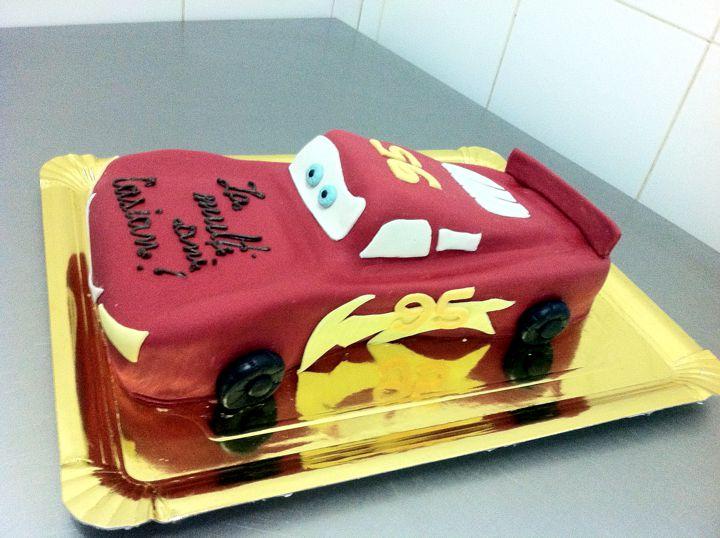Model tort aniversare 24